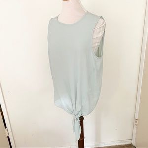 🧜♀️2/$30🧜♀️ Vince Camuto Green Top